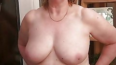 Exciting mature strumpet get nude