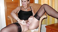 Awesome older strumpet playing with her cunt